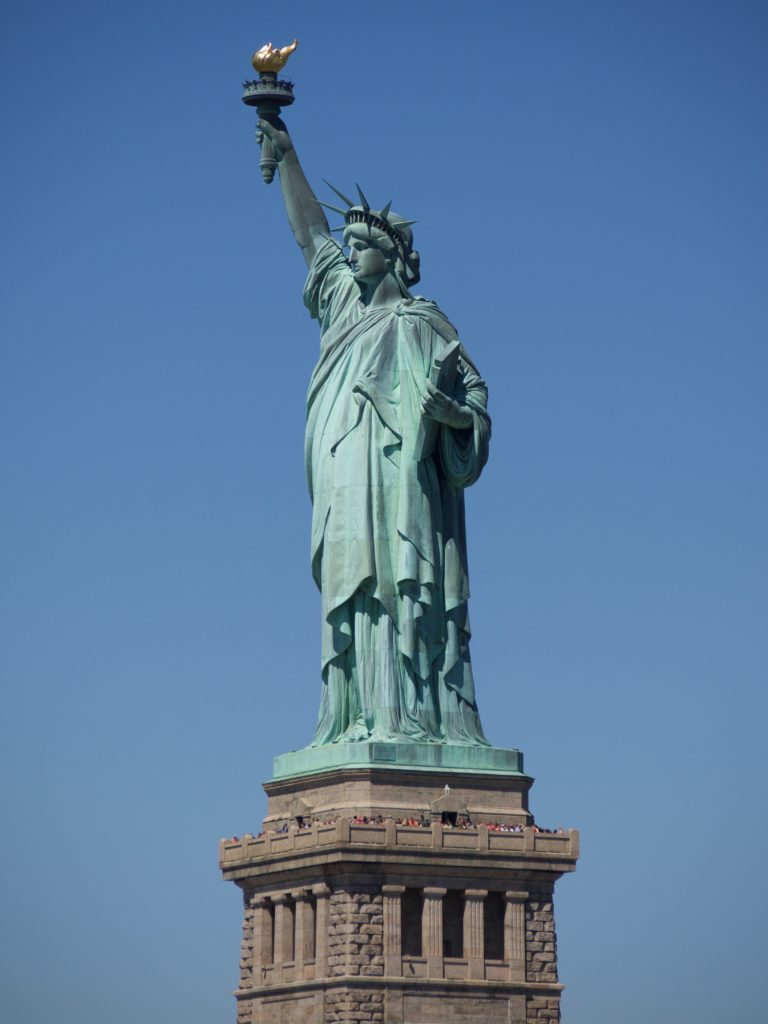 5 Awesome Things to do in NYC with Kids. The Statue of Liberty. Family Travel. Globetrotting Mommy