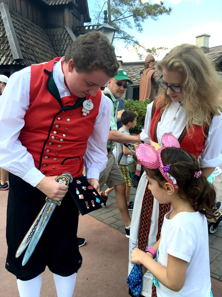 11 Best Things to do at Disney World. Trading Disney pins is a great activity for kids. Disney, Orlando, Trading Pins, Tips, Disney with kids