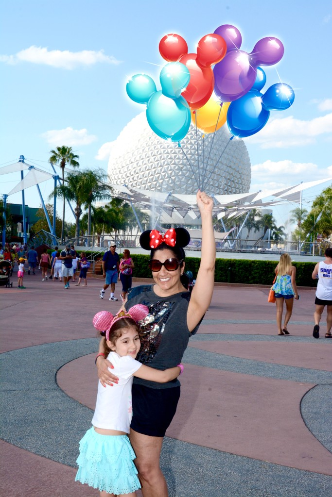 "11 Best Things to do at Disney World. Don't forget to take some ""magic"" photos. Disney, Orlando, Disney with kids, tips"