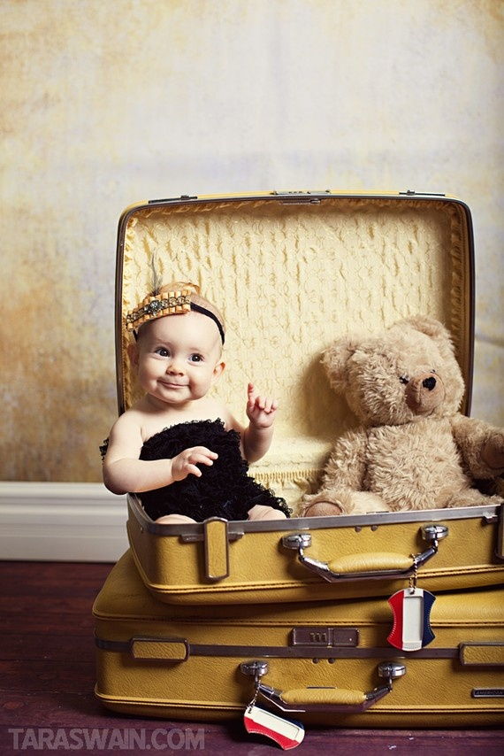 Globetrotting Mommy Travel Inspired Baby Photo Shoot Ideas